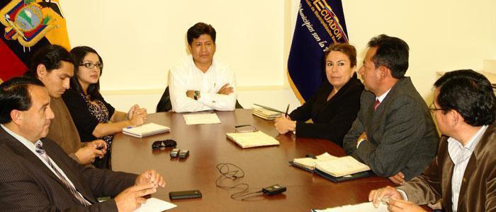 alcalde cayambe representa municipios pichincha 22 05 2012 01