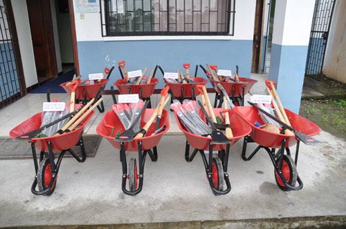 utr3 kits entregados pastaza 12 06 2012 02