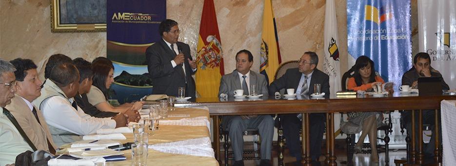 reunión alcaldes regional 6 y ministerio de educación web