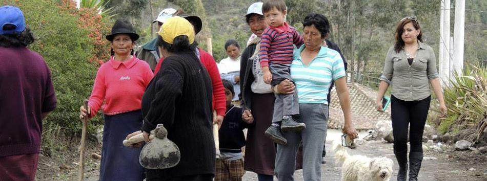 Municipio de Guano brinda ayuda a afectados por lluvias - Regional 3 - web