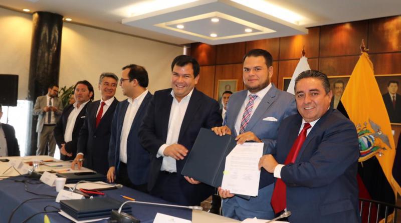 AME entrega a la Asamblea Nacional propuestas de reforma a tres leyes prioritarias para la gestión municipal