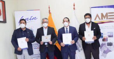 AME, INEC, SNGRE y la Asociación de Profesionales de Gestión de Riesgos del Ecuador firmaron Convenio de Cooperación Interinstitucional